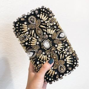 AMAZING!!! 🖤✨ Just In - Beaded Clutch